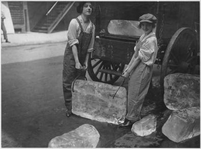 girls delivering ice